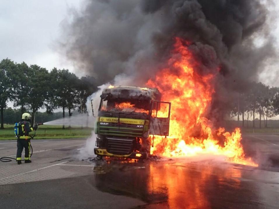 Vrachtwagenbrand A1